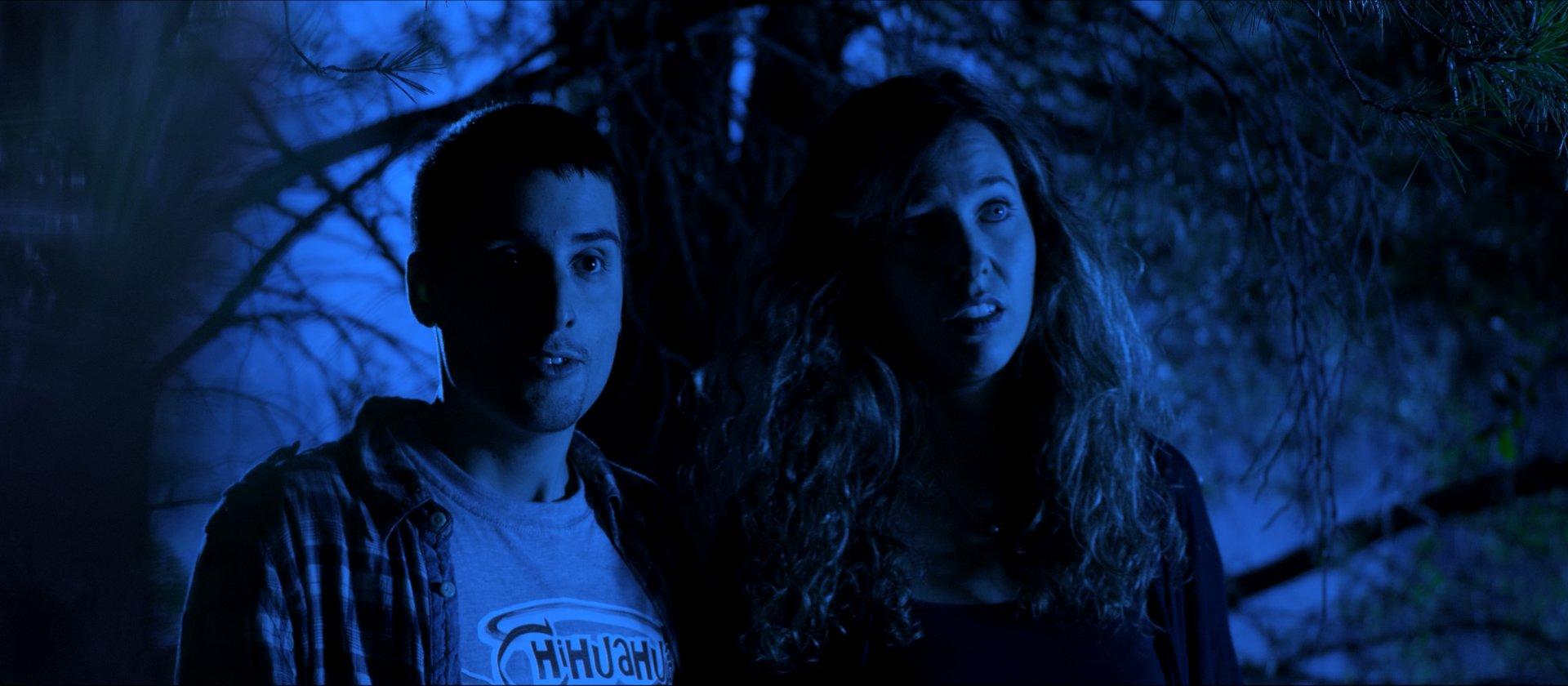 David (Kristian Casado) y Claire (Olga Navarro)